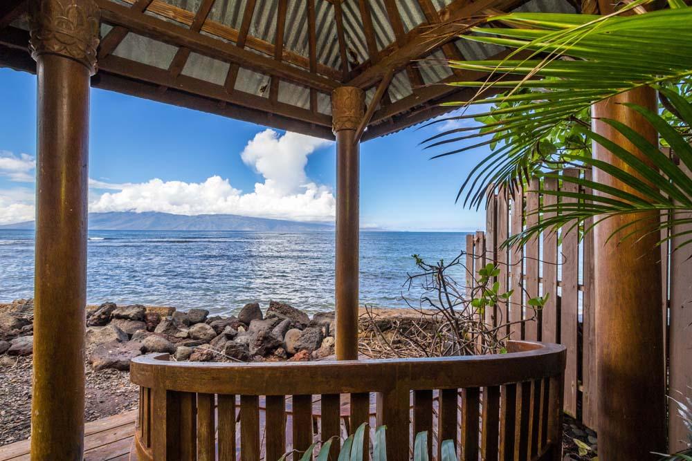Kahana Nui Meditation Hut